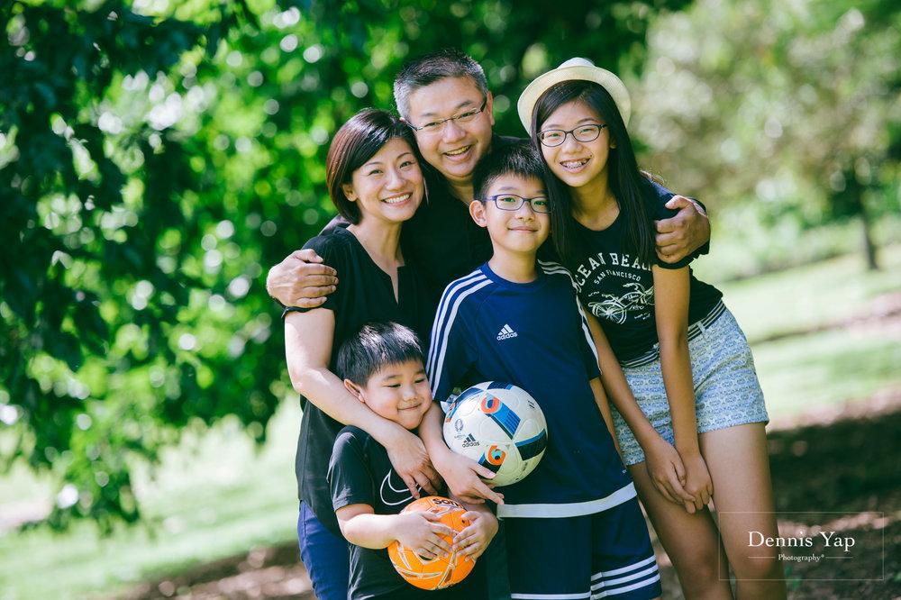 mai yin family portrait singapore botanical garden dennis yap photography malaysia-12.jpg