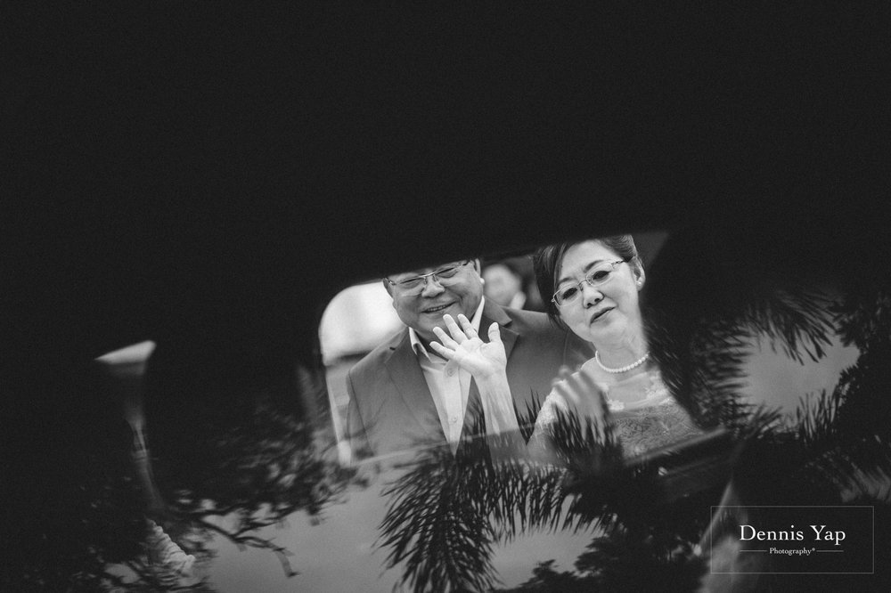 jamie hann wedding day gate crash garden wedding dennis yap photography traditional chinese tea ceremony-15.jpg