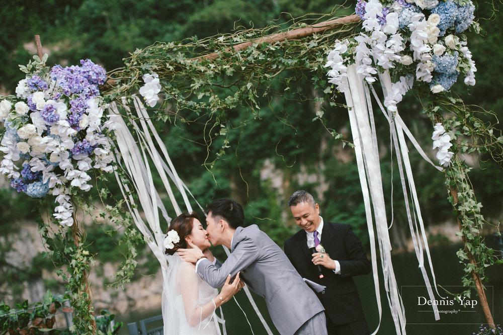 jamie hann wedding day gate crash garden wedding dennis yap photography traditional chinese tea ceremony-29.jpg