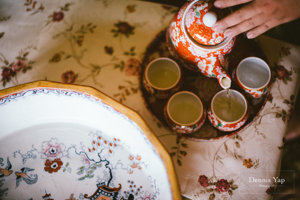 jamie hann wedding day gate crash garden wedding dennis yap photography traditional chinese tea ceremony-39.jpg