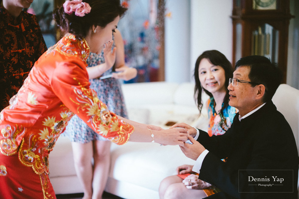 jamie hann wedding day gate crash garden wedding dennis yap photography traditional chinese tea ceremony-40.jpg