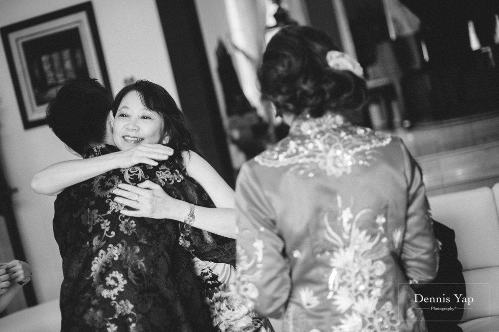 jamie hann wedding day gate crash garden wedding dennis yap photography traditional chinese tea ceremony-44.jpg