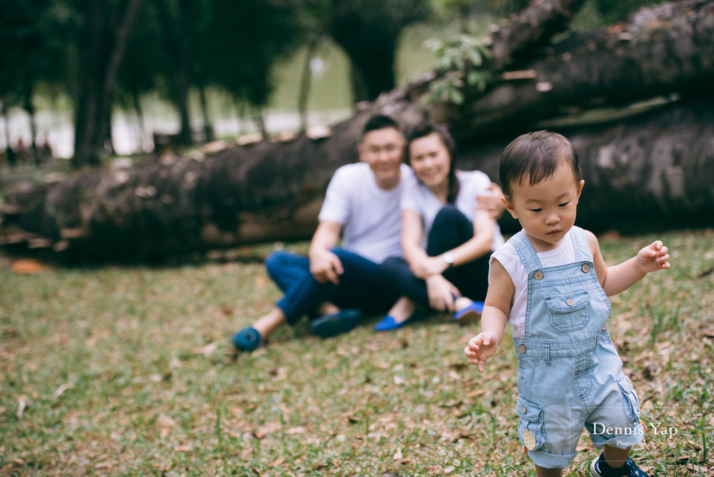 mourice baby 4 in 1 portrait dennis yap photography lake gardens family portrait-3.jpg