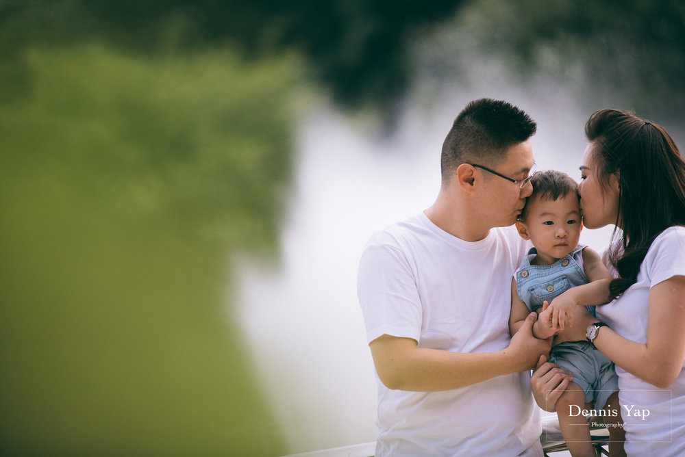mourice baby 4 in 1 portrait dennis yap photography lake gardens family portrait-6.jpg