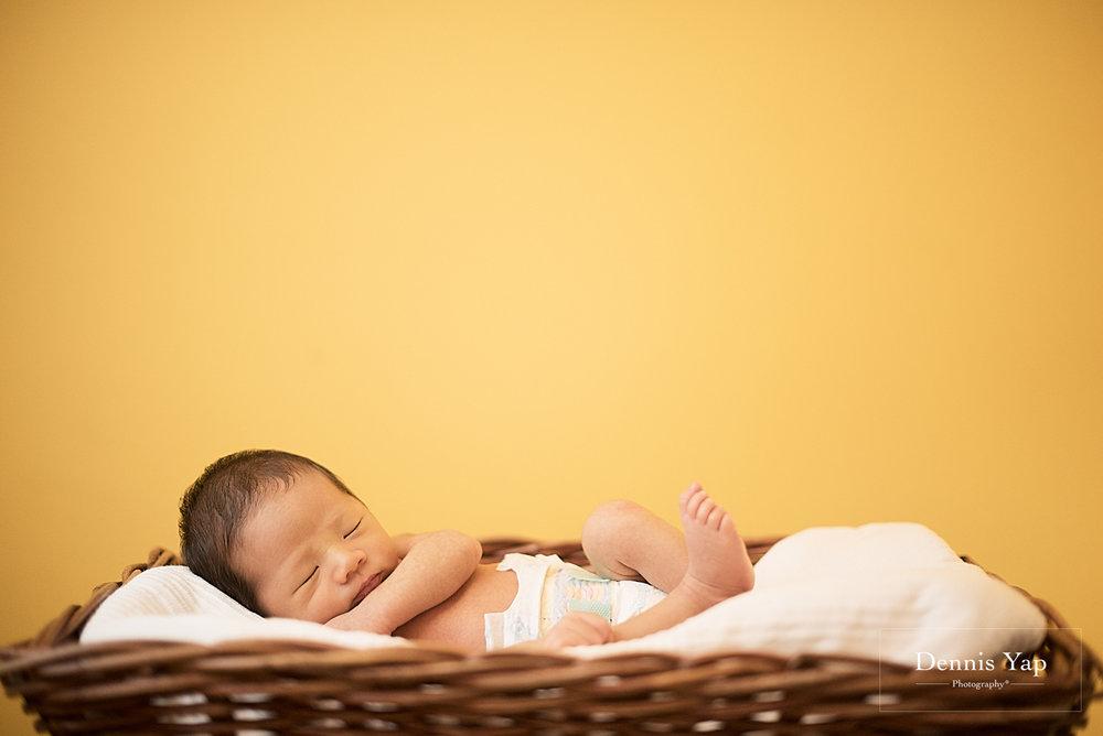 evan baby family portrait dennis yap photography life portraiture-1.jpg
