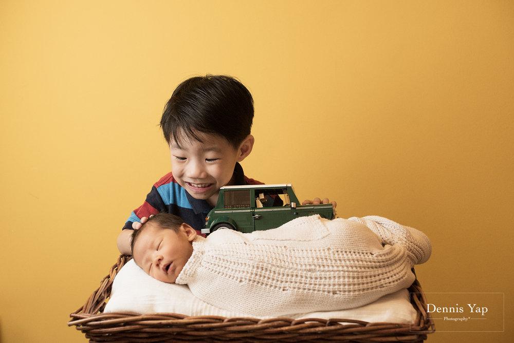 evan baby family portrait dennis yap photography life portraiture-5.jpg
