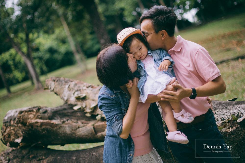 grace ang family portrait lake gardens dennis yap photography-20.jpg