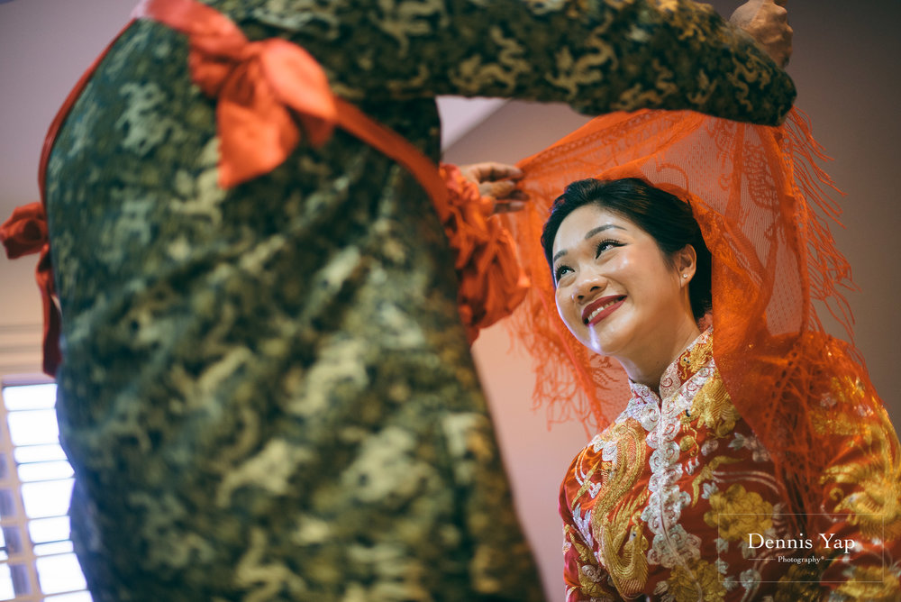 azmi zahraa wedding day gate crash traditional chinese and malay wedding dennis yap malaysia photographer-13.jpg