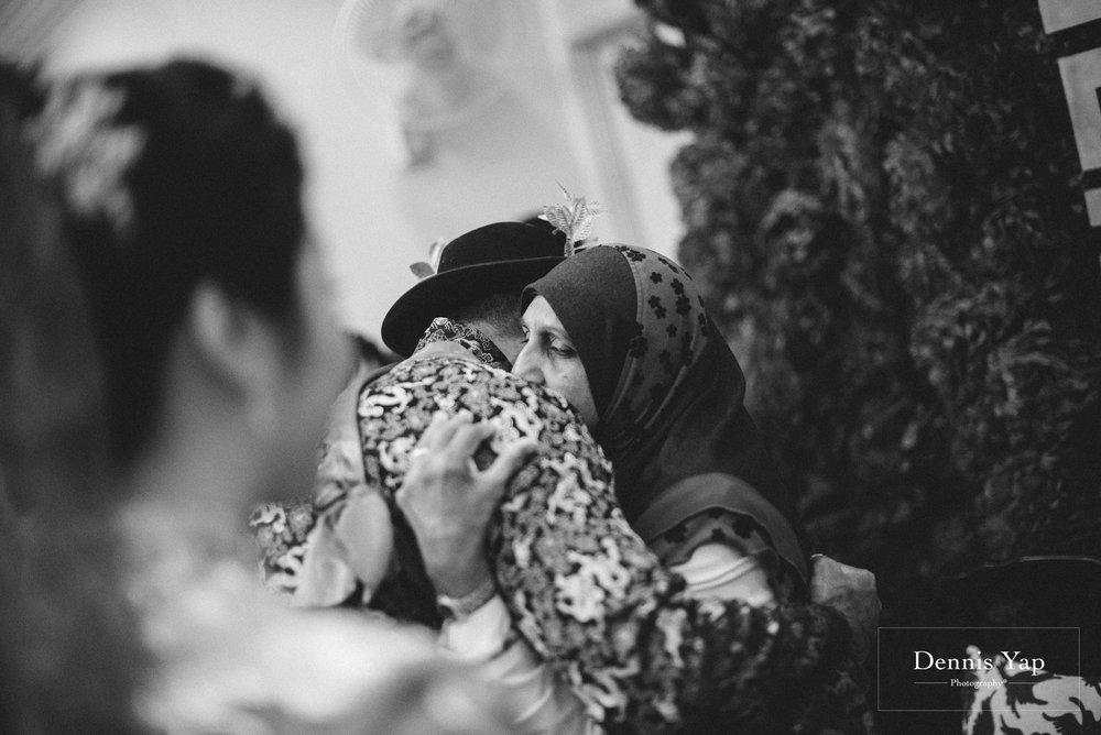 azmi zahraa wedding day gate crash traditional chinese and malay wedding dennis yap malaysia photographer-22.jpg