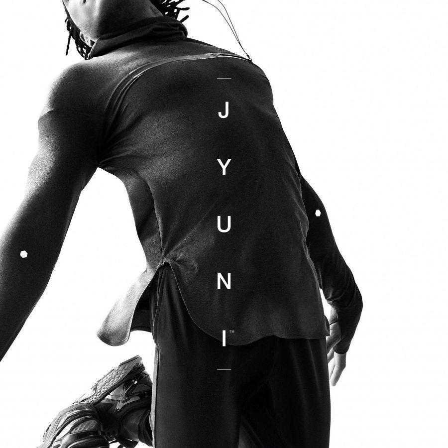 ASCIS_JYUNI_BLACK_Knit-Hoodie-02_Key-Visual_Performance-1-900x900.jpg