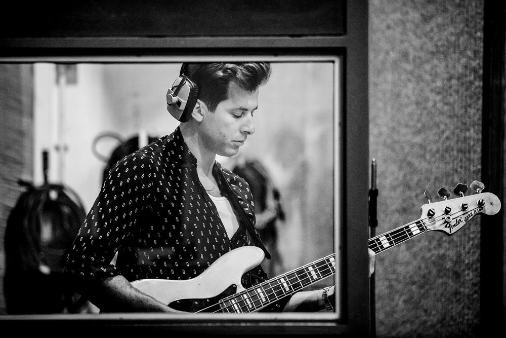 Mark Ronson & Dap / Abbey Road