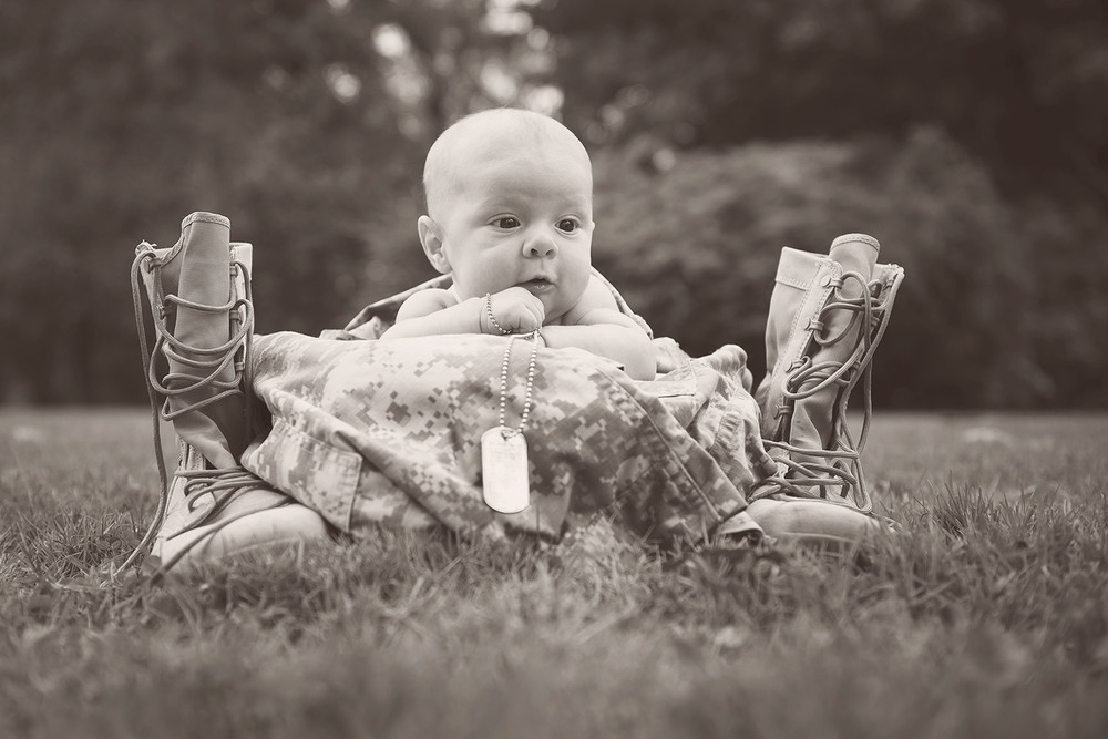 baby_military_lanyard.jpg