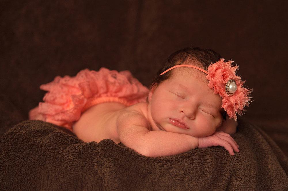 newborn_girl.jpg
