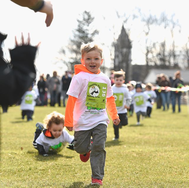 I just love photographing this event. It was amazing to see all of the kids out at the @healthykidsrs Healthy Kids Running Series - Eastern Lebanon County, PA in #Newmanstownpa Not to mention all of their parents and siblings to cheer them on!  I give a lot of credit to all the kids who came out and ran yesterday despite the wind and cold temps. That isn't easy to do, but they came in droves anyway!! Here are a few of my favorite shots from yesterday's races. #lancasterpaphotographer #runningisfun #runningphotos #kidsphotos #kidsphotography #getupandgo #hkrs #childrensphotos #newmanstownpa #photographyismylife #kidsphotography #playtime #kidswillbekids #toddlerphotos #toddlerphotography #kidsrunning #iluvphotography