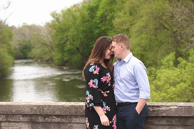 The perfect combination of love and laughter. #engagementcouple #engagementphotoideas #engagementphotosession #gringsmill #lancasterpaphotographer #lancasterpaphotography #bridgeportrait #engagementphotoinspiration