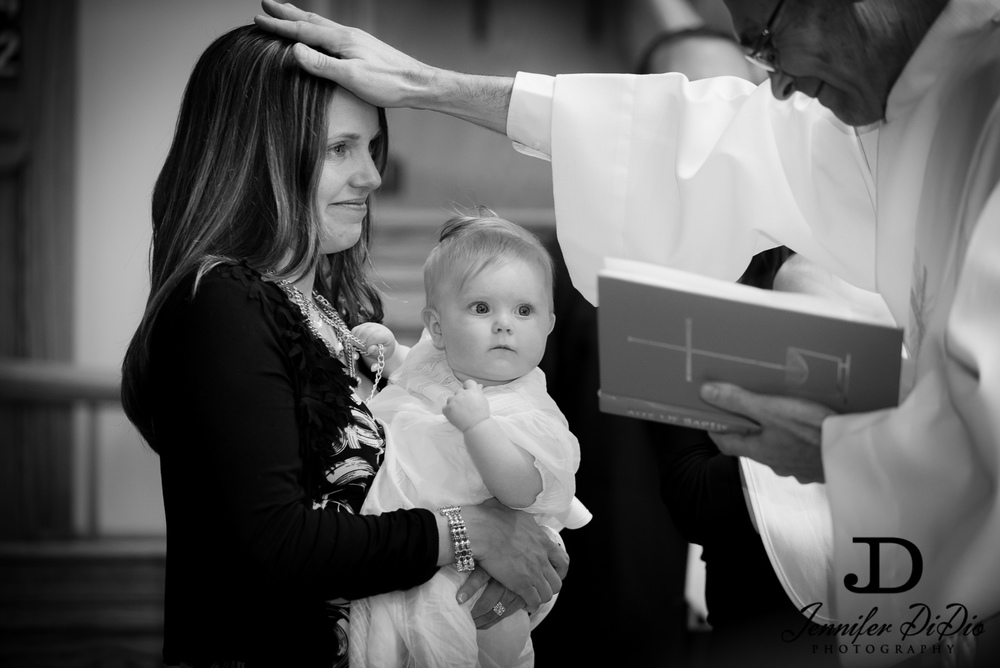 JenniferDiDio-Larson-Collins-christening-132.jpg