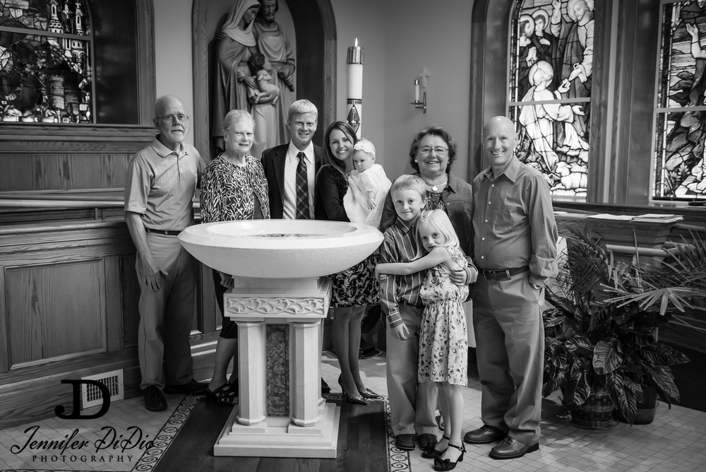JenniferDiDio-Larson-Collins-christening-175-Edit.jpg