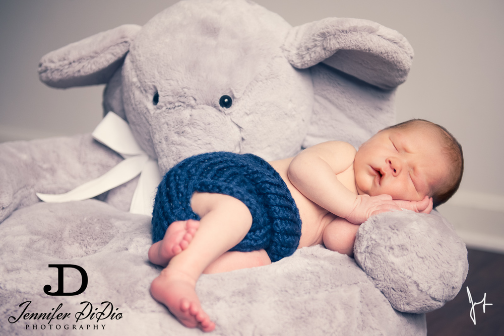 Jennifer.DiDio.Photography.Schultz.Newborn.2013-127-Edit.jpg