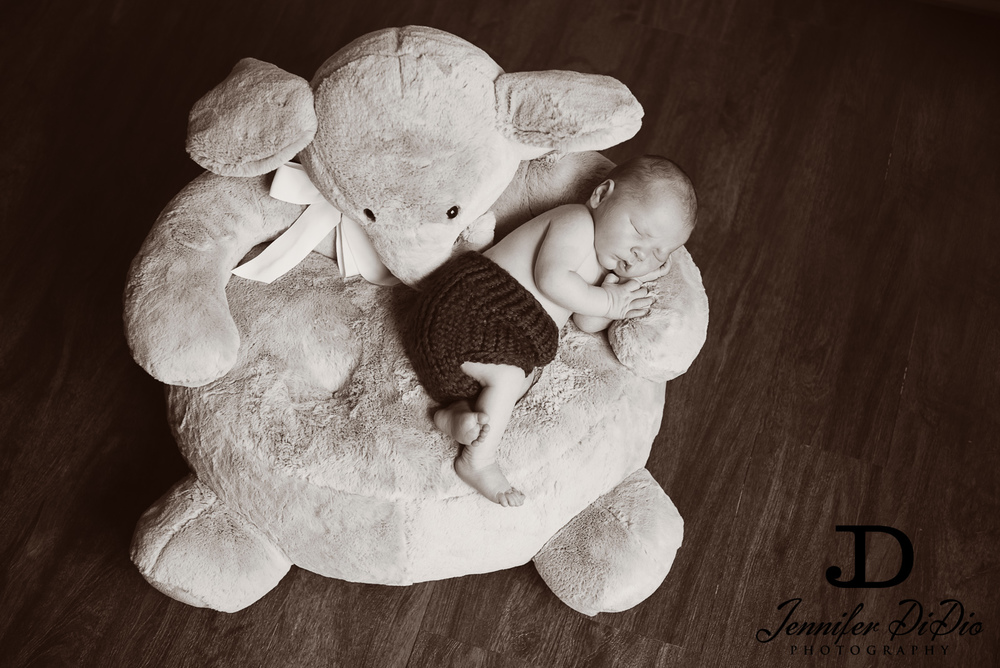 Jennifer.DiDio.Photography.Schultz.Newborn.2013-129.jpg