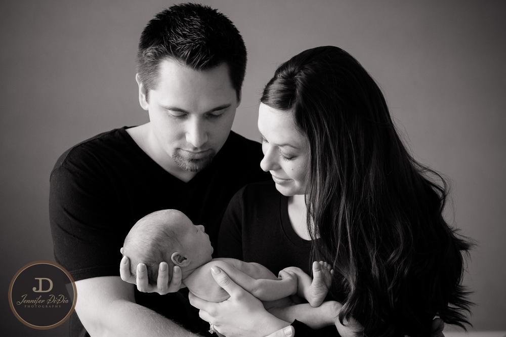 Jennifer.DiDio.Photography.Whaley.Newborn.2013-42.jpg