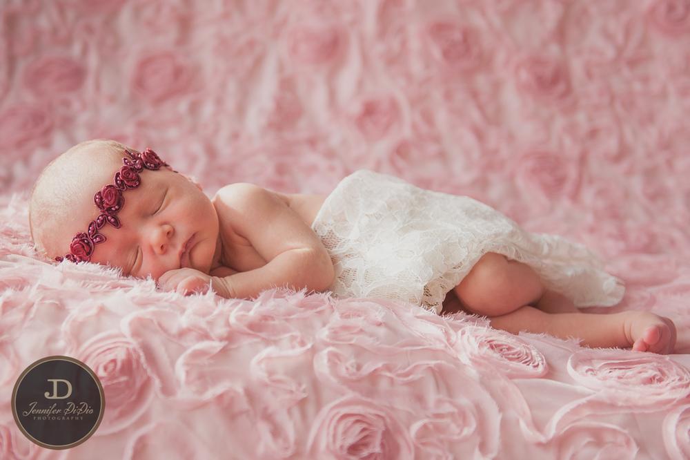 Jennifer.DiDio.Photography.Whaley.Newborn.2013-11.jpg