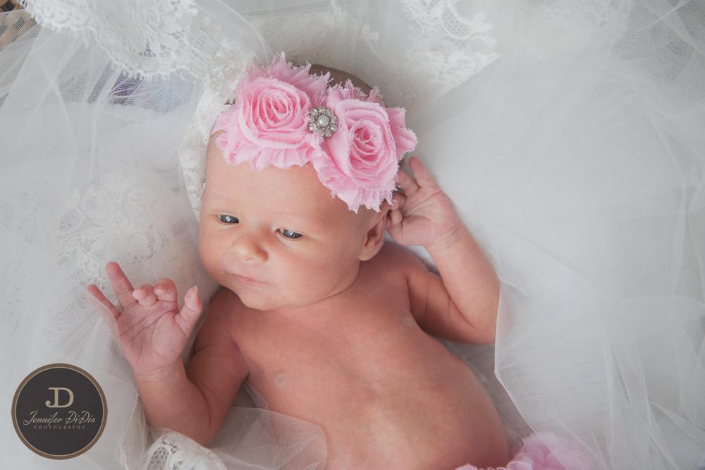 Jennifer.DiDio.Photography.Whaley.Newborn.2013-84.jpg