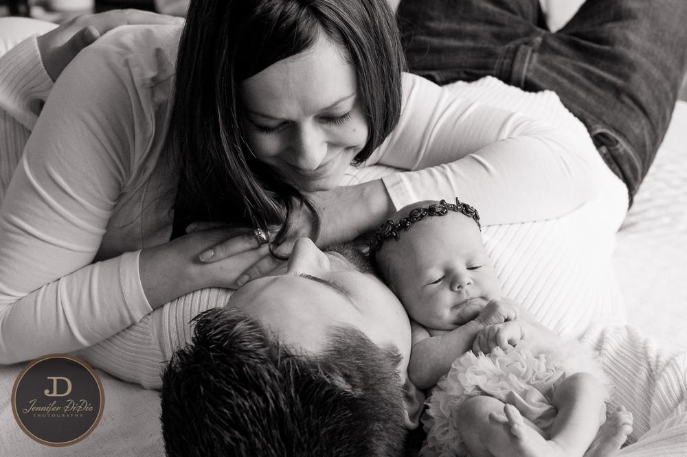 Jennifer.DiDio.Photography.Whaley.Newborn.2013-111.jpg