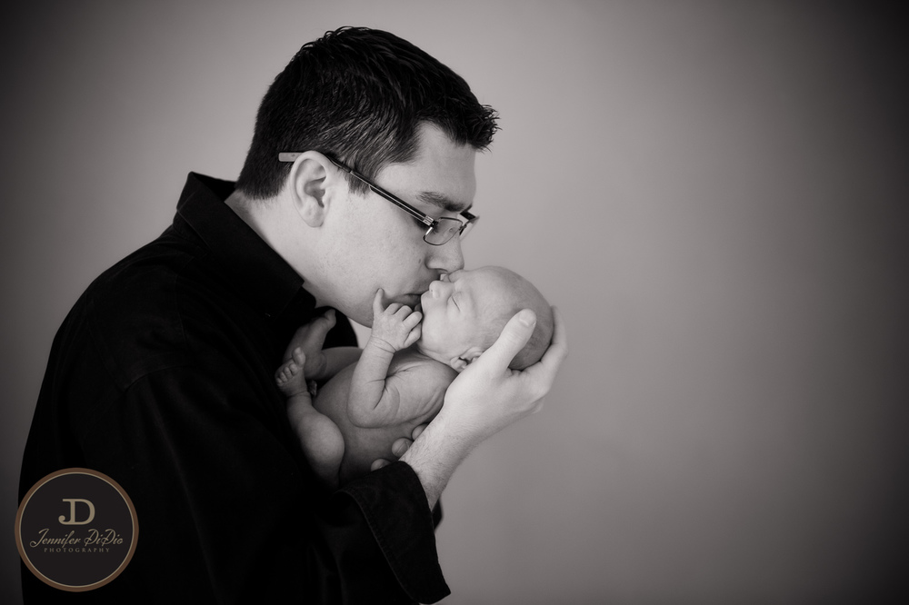 Jennifer.DiDio.Photography.Fisher.Carolyn.newborn.2014-242.jpg