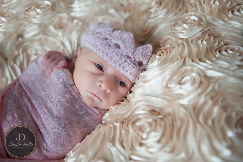 Jennifer.DiDio.Photography.Fisher.Carolyn.newborn.2014-275.jpg
