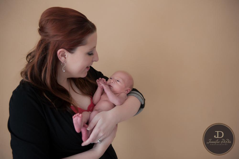 Jennifer.DiDio.Photography.Fisher.Carolyn.newborn.2014-223.jpg