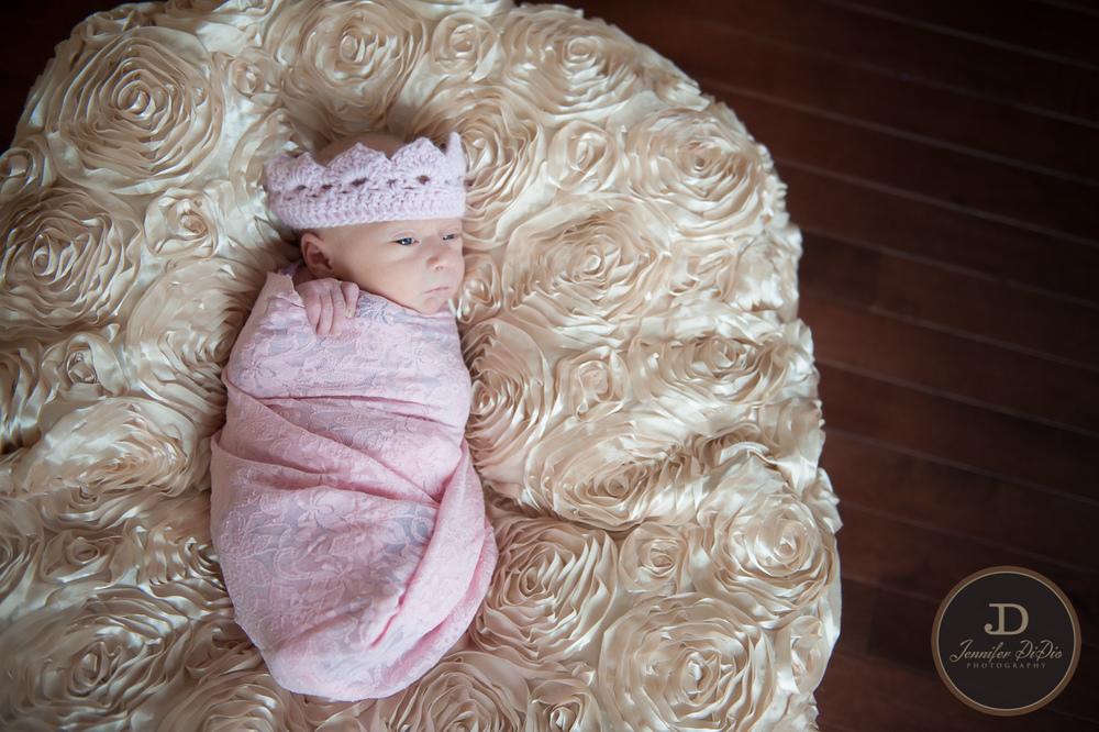 Jennifer.DiDio.Photography.Fisher.Carolyn.newborn.2014-277-2.jpg
