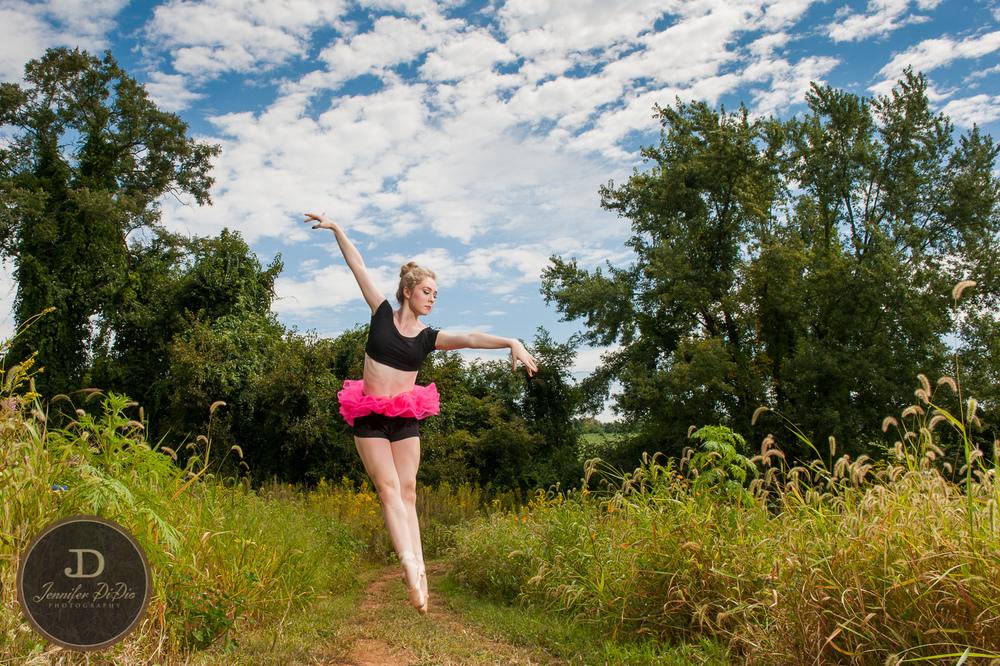 Jennifer.DiDio.Photography.Barnhill.Hayley.2014-387.jpg