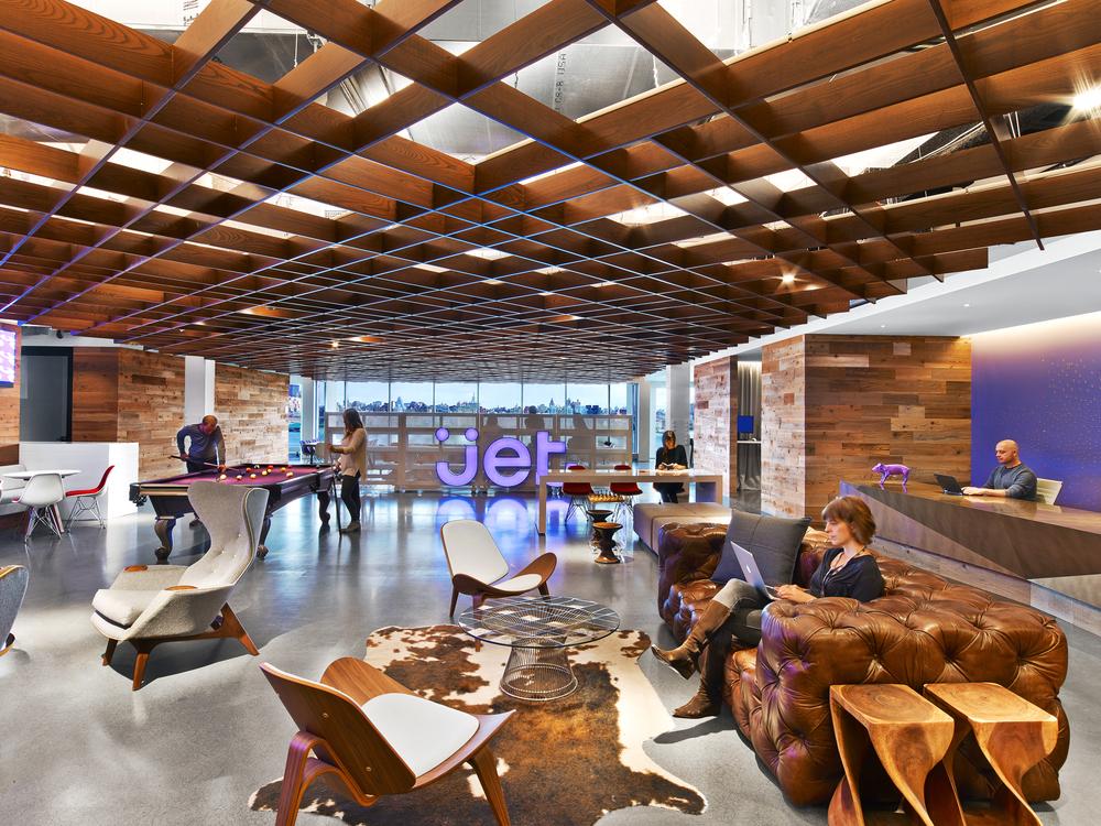 Architect: A+I  Photographer: Erik Laignel