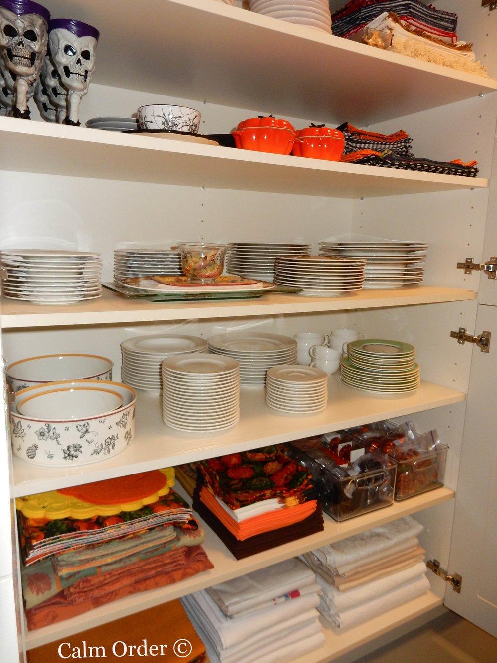 Calm Order - Storage cabinet