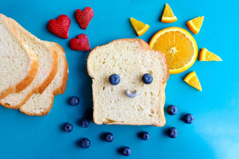berries-blueberries-bread-708488.jpg