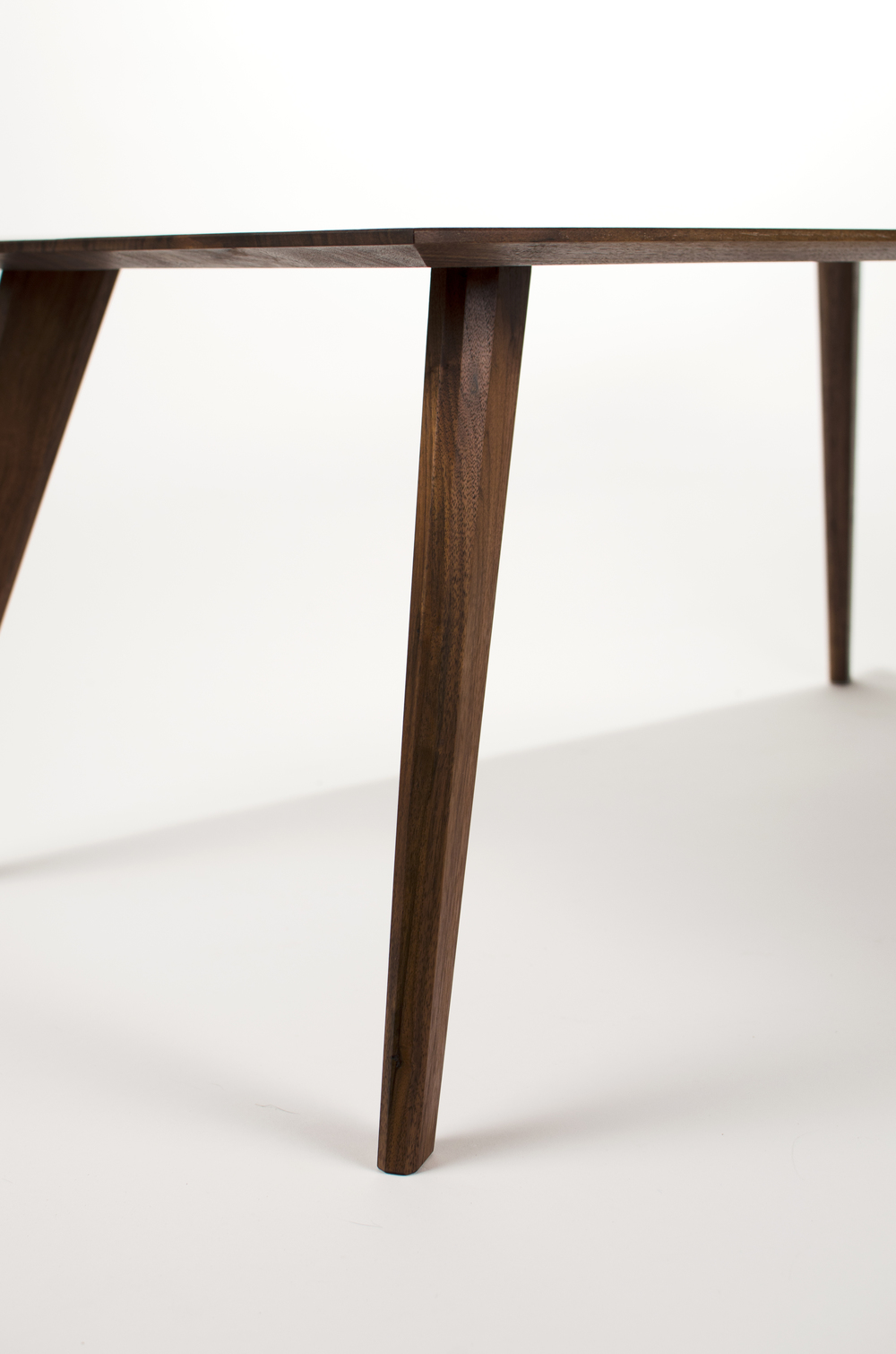 Pinnate coffee table walnut corner detail.jpg