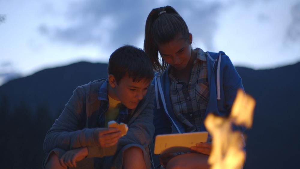 Siblings Campfire.jpg