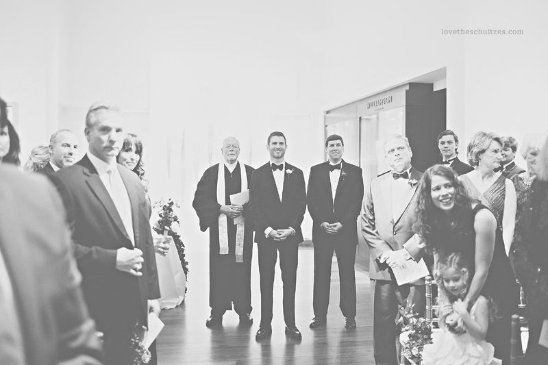 gallery-wedding-foundation-for-the-carolinas-black-and-white