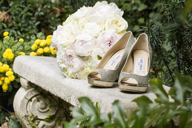 jimmy-choo-wedding-shoes-charleston-wedding-painter-ben-keys-wedding-artist-of-wed-on-canvas-french-huguenot-church-mcrady's-reception
