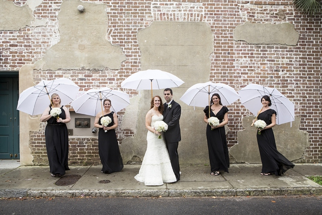 rainy-day-wedding-with-umbrellas-charleston-wedding-french-huguenot-church-wedding-painter-ben-keys-of-wed-on-canvas