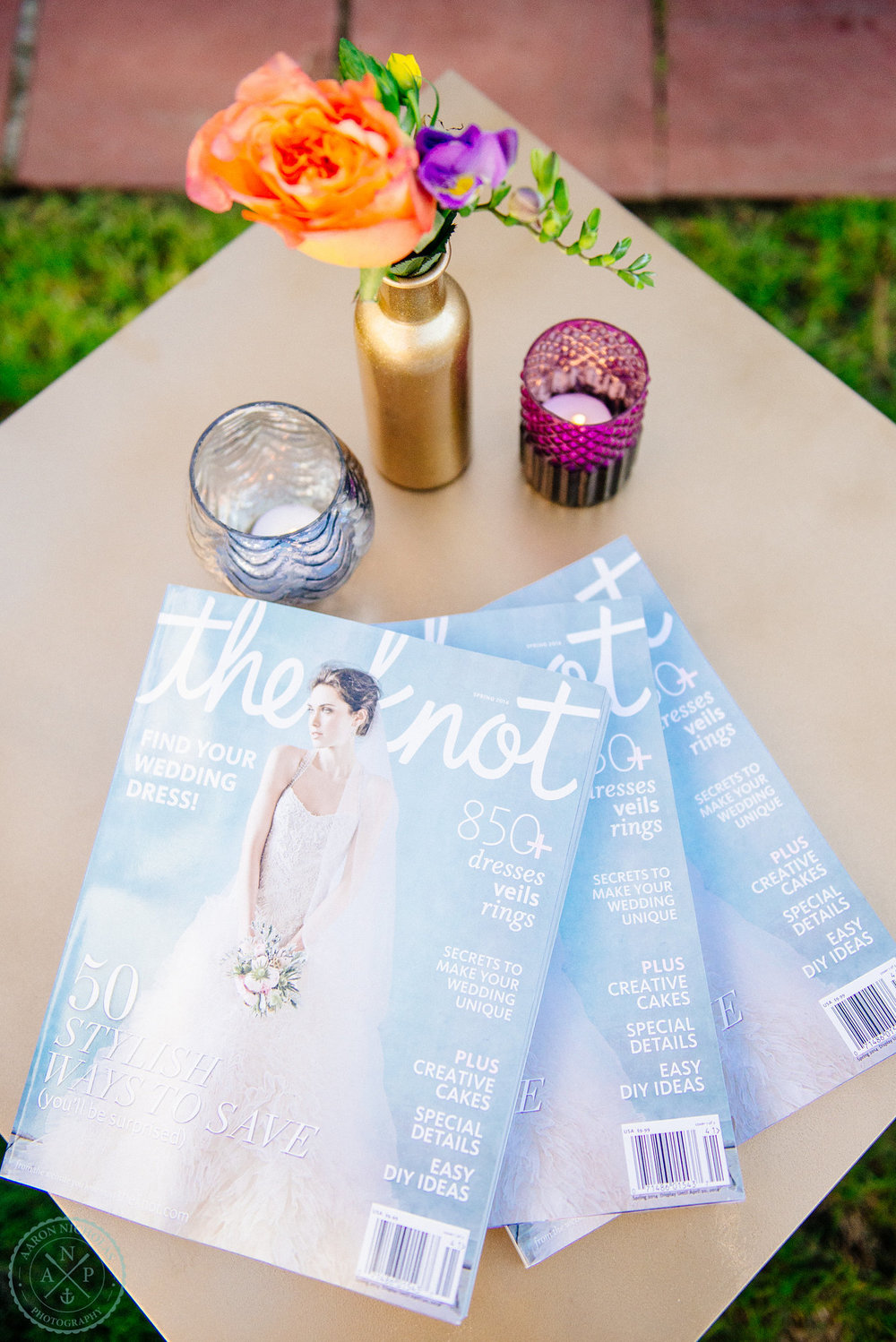 The-Knot-magazine-lounge-garden-wedding-gold-vase-plum-accent