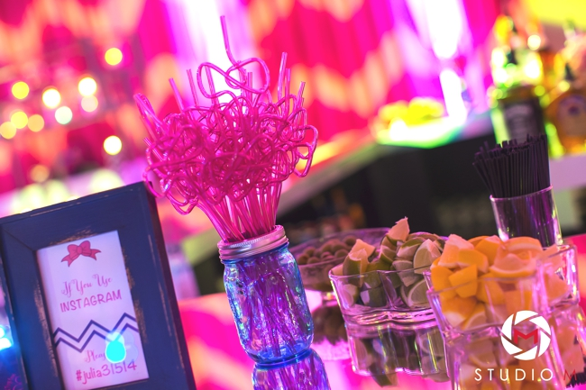 hot-pink-bat-mitzvah-mason-jars-navy-chevron-painting-south-florida-bat-mitzvah