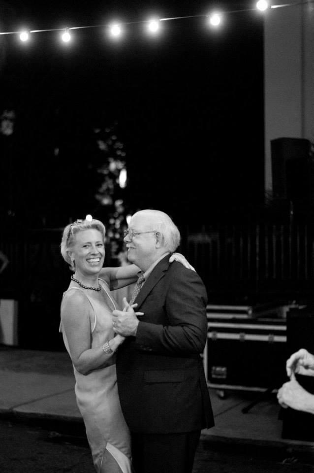 charleston-dancing-at-spoleto-opening-night-fete-ben-keys-artist-wed-on-canvas