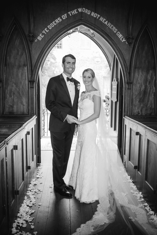 french-church-charleston-wedding-painting-by-ben-keys-wed-on-canvas-live-wedding-painter