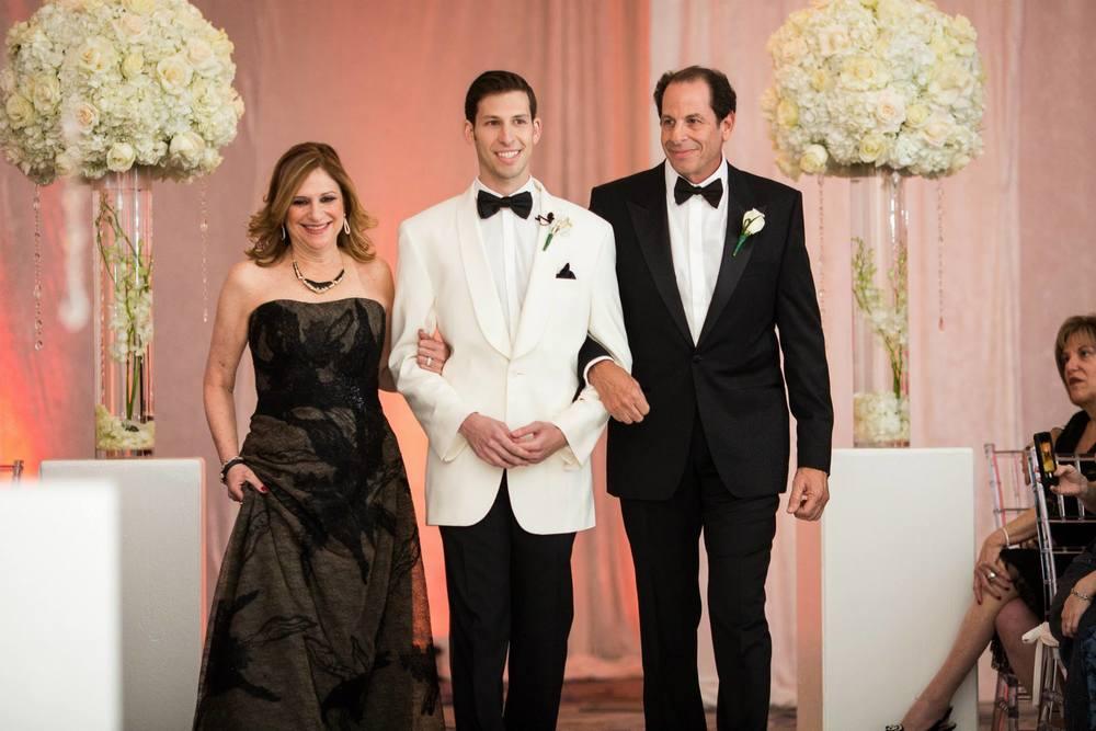 the-polo-club-wedding-ceremony-boca-raton-fl-luxe-wedding-florals