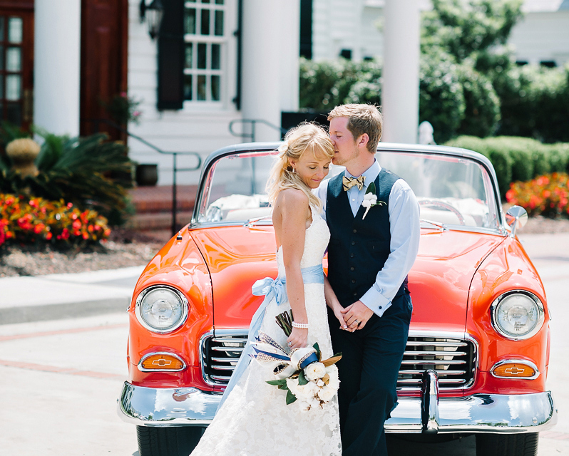red-1950s-getaway-car-for-bride-and-groom-cotton-bridal-bouquet-southern-wedding