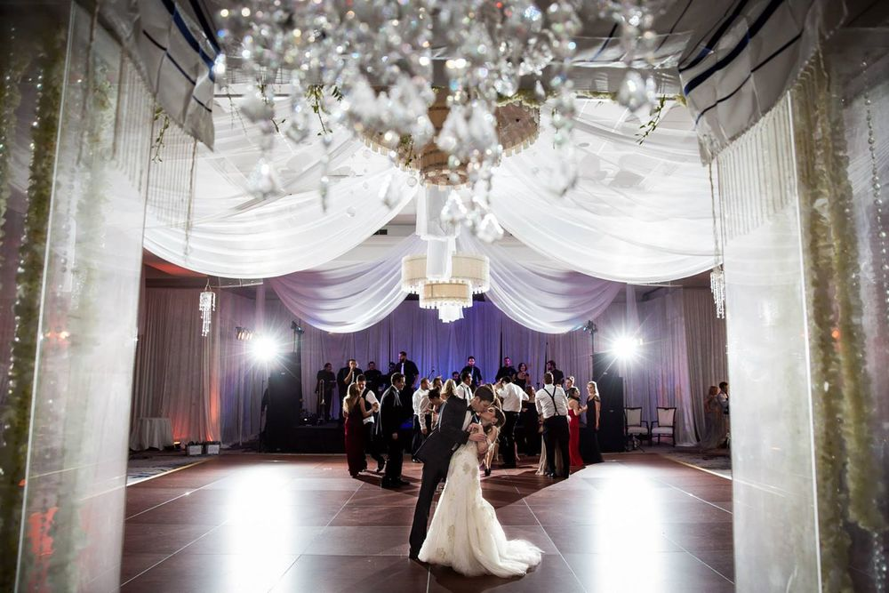 the-polo-club-boca-raton-wedding-chuppah-with-hanging-flowers-chandelier-wedding-artist-ben-keys-wed-on-canvas