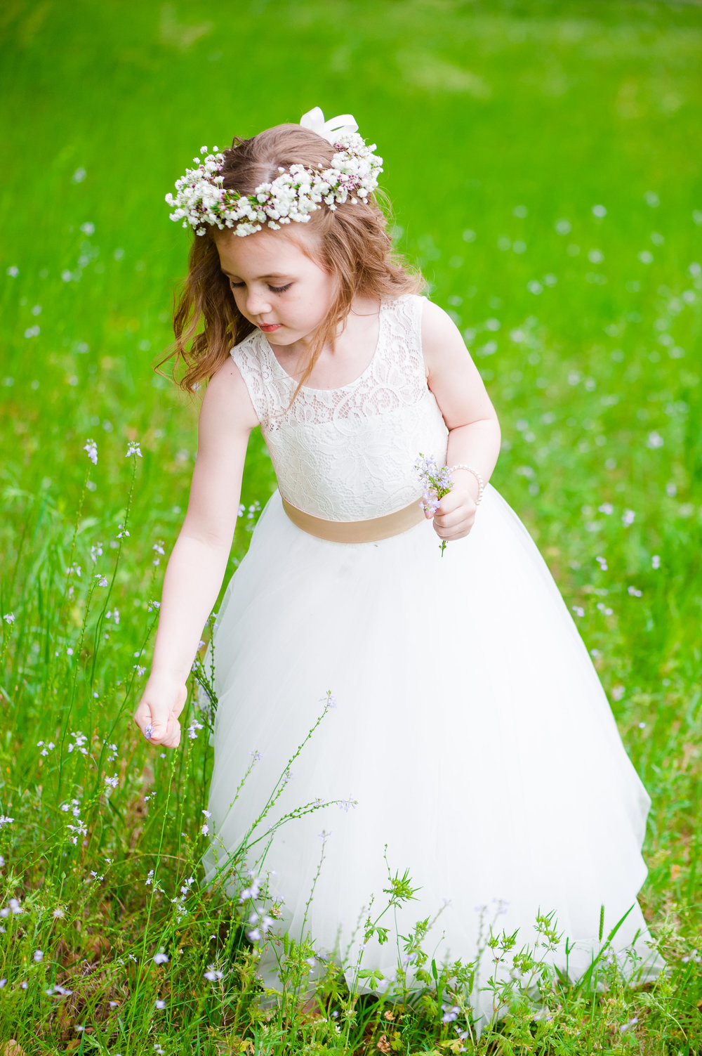 barn-wedding-tulle-flower-girl-dress-with-flower-halo-flower-crown-wildberry-farm-wedding-south-carolina