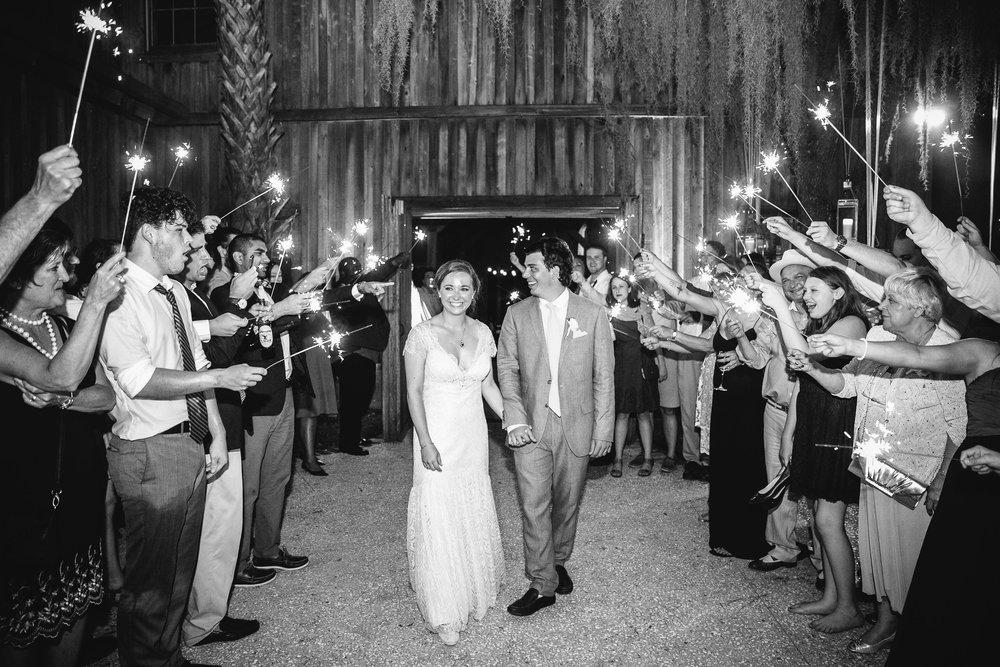 charleston-wedding-boone-hall-plantation-sparker-exit