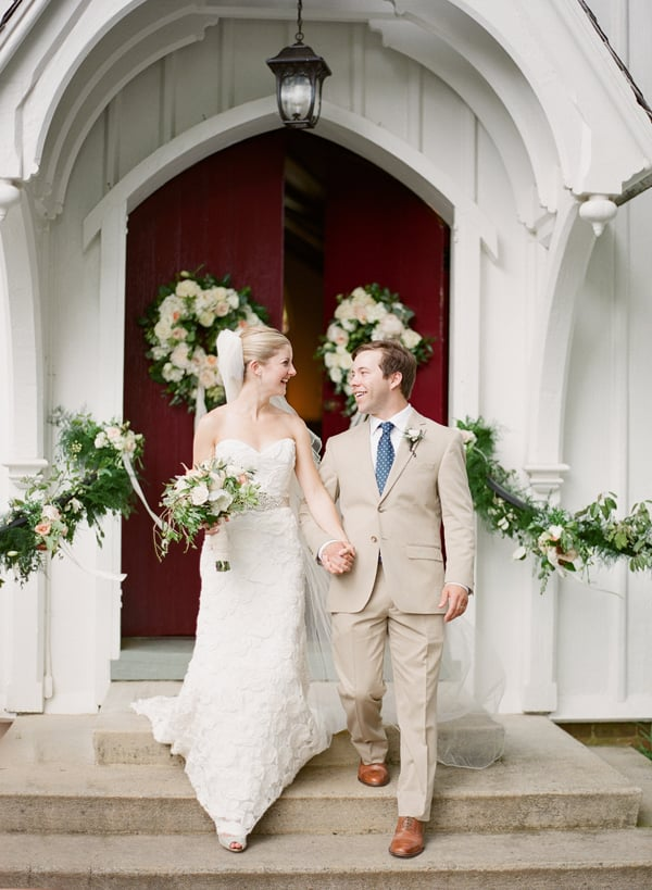 Here is the exact moment Hannah commissioned Ben to capture for her and Evan's live wedding painting.  We teamed up with Almond Leaf Studios to be sure we had the perfect shot of them exiting the Chapel!